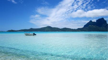 Tahiti beach on a Bora Bora Motu
