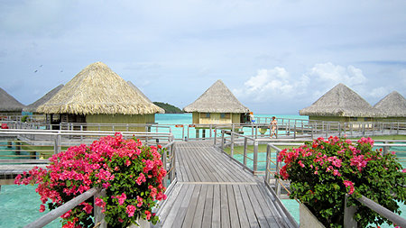 Intercontinental Le Moana Over Water Bungalows