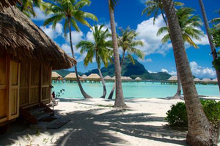 Bora Bora Hotel Pearl Beach