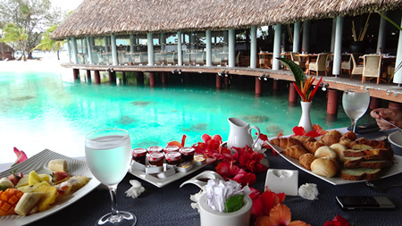 Eating in Bora Bora