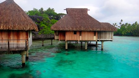 Hilton Nui Over Water Bungalow