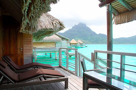 Intercontinental Thalasso Overwater Villas