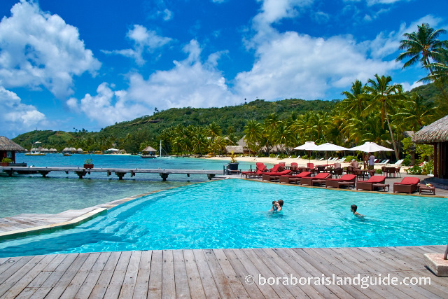 Pool at the Bora Bora Marara Beach
