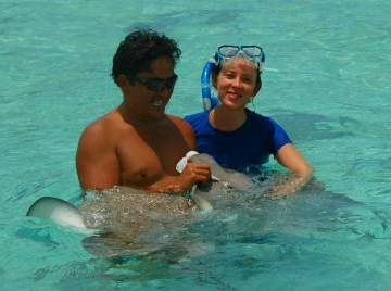 snorkel with Bora Bora stingrays