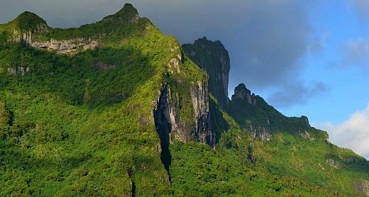 Mysterious Mt Otemanu
