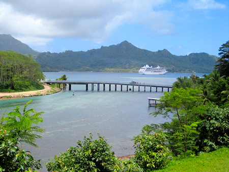Princess Cruise ship visiting Huahine