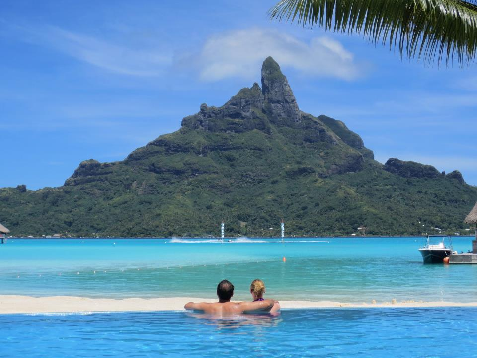 Mt otemanu Bora Bora pool